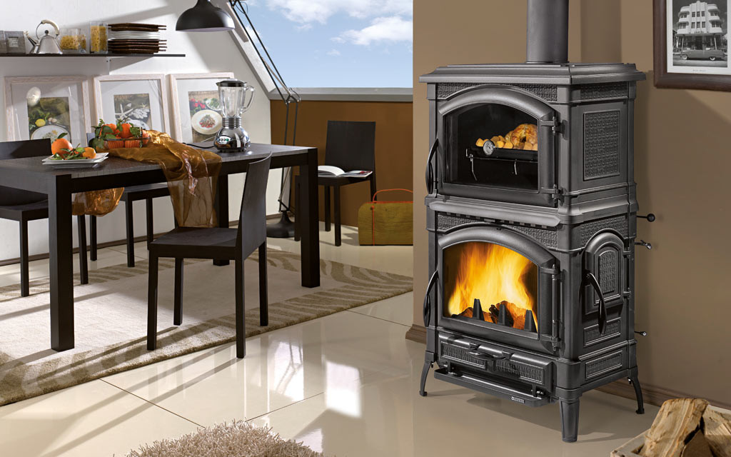 Isotta forno for Poele a bois chargement lateral
